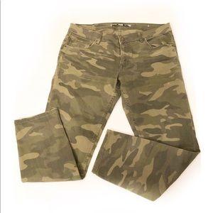 Zara camo skinny jeans Sz 8